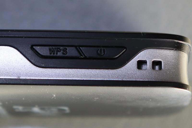 Rakuten WiFi Pocketボタン類