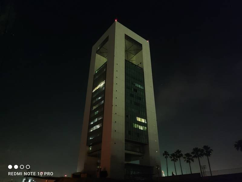 Redmi Note 10 Proほぼ真っ暗